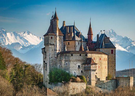 La Château de Menthon-Saint-Bernard