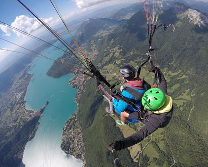 Vol au-dessus du lac d'Annecy