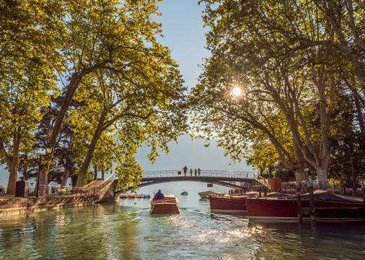 Le Canal du Vassé et le Pont des Amours